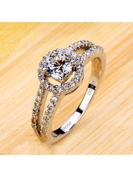 Luxury D0.5ct NSCD Diamond-Shaped Pt 950 Engagement/Wedding Ring