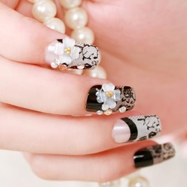 Beautiful White Rose Round Nail Fake Nails Patch
