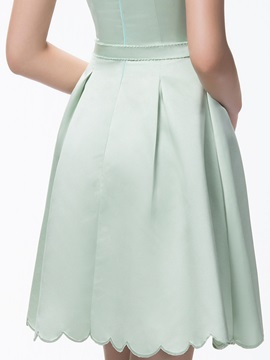 A-Line Short Zipper-Up Scoop Neck Bridesmaid Dress