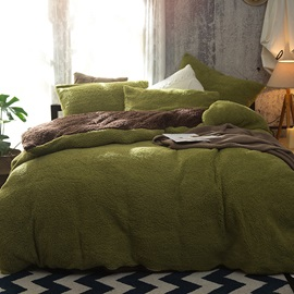 Wannaus Solid Green and Camel Reversible Polyester Faux Sherpa 4-Piece Bedding Sets/Duvet Cover