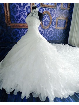 Exquisite Halter Tiered Ruffles Ball Gown Wedding Dress