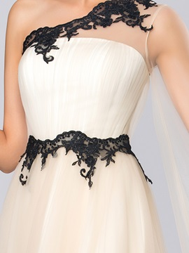 Timeless One-Shoulder Appliques Long Sleeve Long Evening Dress