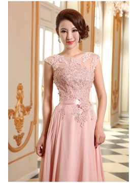 Scoop Appliques Lace-up Floor-Length Prom Dress