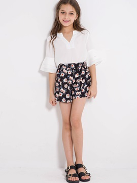 Ethnic Solid Color Bell-Sleeve T-Shirt Floral Shorts Girl's Outfit