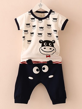 Fashion Cow Printed T-Shirt And Solid Color Shorts Boy's Outfit
