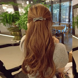 Bowknot Decorated Hair Clip