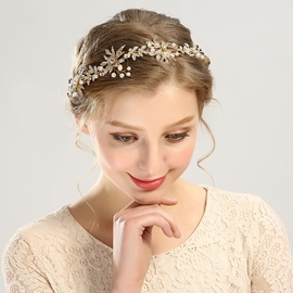 Golden Leaf with Rhinestone Inlaid Bride Wedding Head Chain