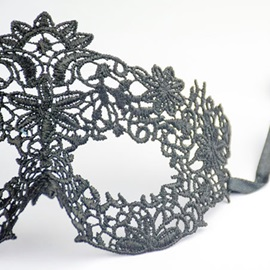 Hollow Cloth Lace-Up Halloween Night Fairy Masks