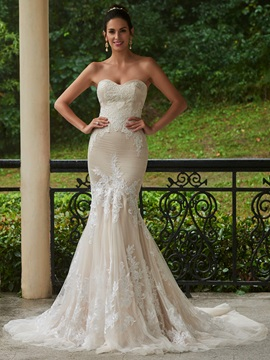 Sweetheart Mermaid Lace Appliques Wedding Dress