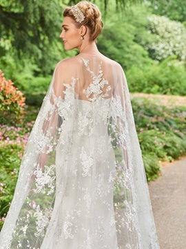 Ideal Strapless Appliques Lace Wedding Dress with Cape