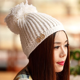 Buttons Embellished Thick Crochet Hat