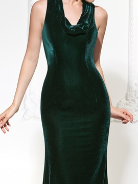 Gorgeous Mermaid Halter Velvet Court Train Evening Dress