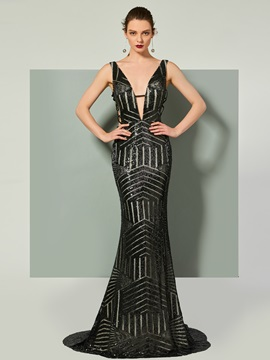 Gorgeous V-Neck Sequins Trumpet Sleeveless Court Train Evening Dress