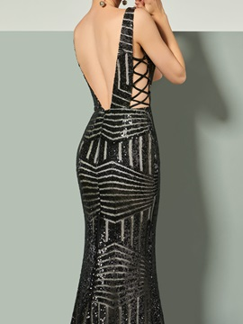V-Neck Sequins Trumpet Court Train Evening Dress