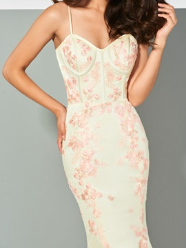 Spaghetti Straps Appliques Trumpet Evening Dress