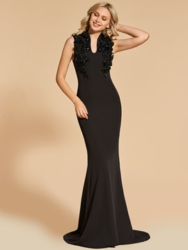 Appliques Sheath Flowers Sweep Train Evening Dress