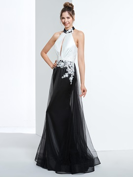 Modern Halter Appliuqes Hollow Prom Dress