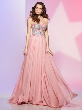 Nice A-Line Sweetheart Appliques Sweep Train Prom Dress