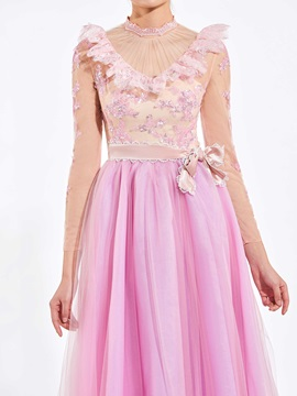 Charming A-Line High Neck Long Sleeves Appliques Sequins Bowknot Floor-Length Prom Dress