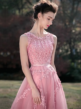Straps Appliques Beading Lace-Up Prom Dress
