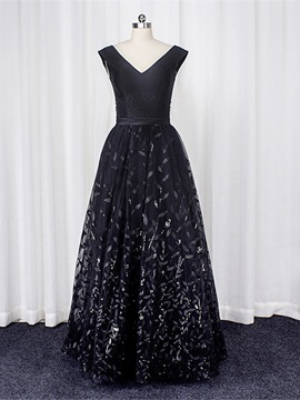 A-Line Lace V-Neck Pearls Sashes Prom Dress