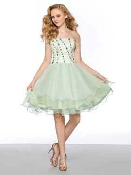 A-Line Strapless Rhinestone Knee-Length Homecoming/Prom Dress