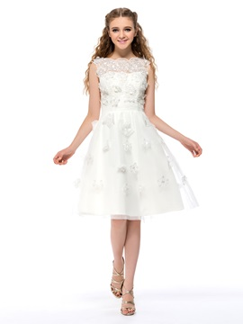 A-Line Bateau Neckline Flowers Knee-Length Homecoming/Sweet 16 Dress