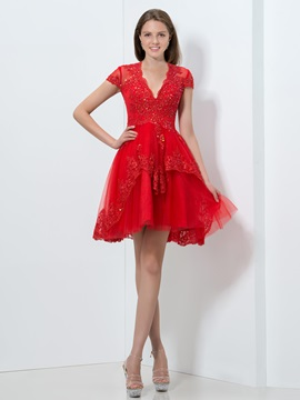 Fancy V-Neck Cap Sleeves Tiered Appliques Sequined Short Red Homecoming Dress