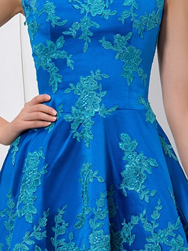Attractive A-Line Cap Sleeves Appliques Short Homecoming Dress