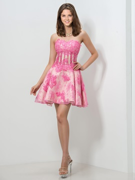 Chic Sweetheart Empire Waist Appliques Beaded Short Homecoming Dress