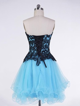 Lovely Sweetheart Appliques Short Homecoming Dress