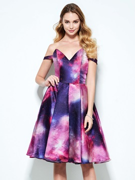 Dramatic Off the Shoulder Knee-Length Print Homecoming Dress