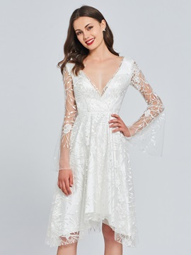 Long Sleeves V-Neck Lace Homecoming Dress