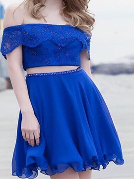 Short Sleeves Lace A-Line Short Homecoming Dress 2019