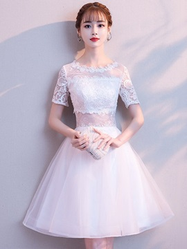 Knee-Length Short Sleeves Scoop Lace Homecoming Dress 2019