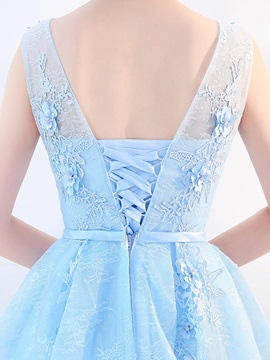 Knee-Length Appliques Scoop A-Line Homecoming Dress 2019