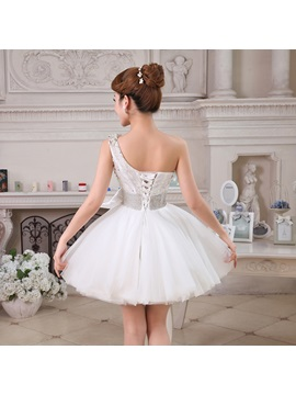 Fresh One-Shoulder Plears Beading Bowknot Lace-up Short Homecoming Dress