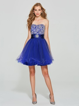 Gorgeous Sweetheart A-Line Beading Lace-Up Homecoming Dress