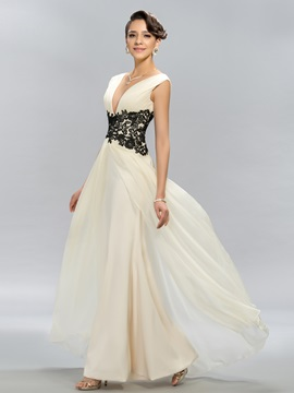 Simple A-Line V-Neck Appliques Long Evening Dress Designed