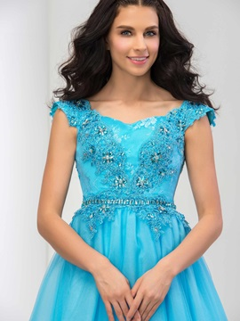 Dramatic Sweetheart Appliuqes Beaded Cap Sleeves A-Line Long Prom Dress