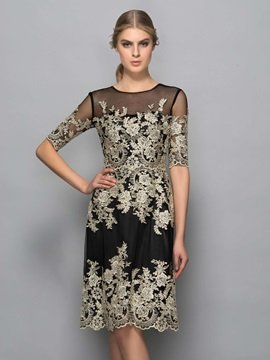 Cool Scoop Neck Short Sleeves Appliques Knee-Length Cocktail Dress & formal Designer Dresses