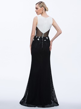 Fashionable Scoop Neck Appliques Sheath Evening Dress