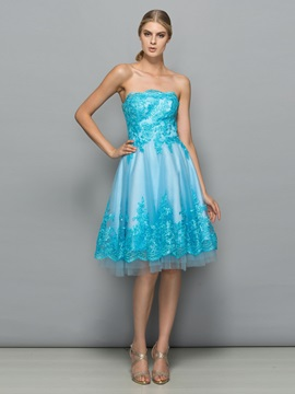 Fancy Strapless A-Line Appliques Knee-Length Cocktail Dress