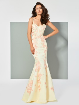 Elegant Spaghetti Straps Appliques Sleeveless Trumpet Evening Dress