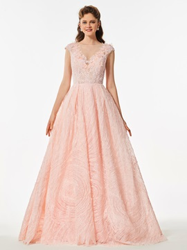Gorgeous A-Line Scoop Cap Sleeves Appliques Button Lace Flowers Prom Dress & colored Designer Dresses
