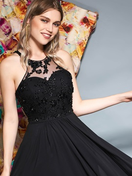 Appliques A-Line Scoop Sleeveless Prom Dress
