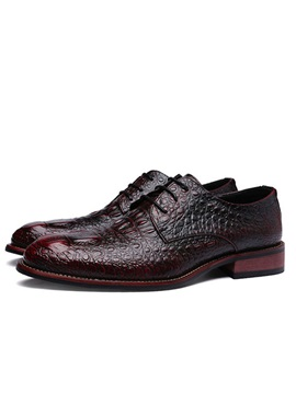 Embossed PU Low-Cut Dress Shoes