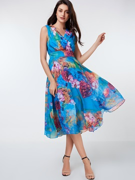 Floral Print Sleeveless V-Neck Women's Day Dress