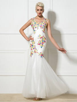 Stunning V-Neck Appliques Backless Mermaid Evening Dress