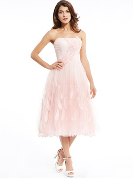 StrapLess Zipper-Up Appliques Tea-Length Prom Dress